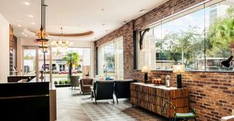 St Charles Coach House Ascend Hotel Collection - Новый Орлеан - Лобби
