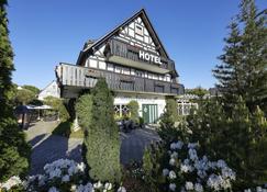 Engemann Kurve - Winterberg - Rakennus