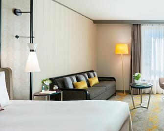 Renaissance Paris La Defense Hotel - Puteaux - Bedroom