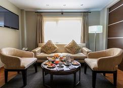 Gran Hotel Cochabamba - Cochabamba - Sala de estar