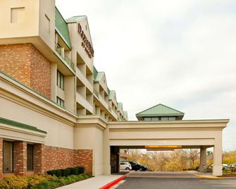 DoubleTree by Hilton Baltimore North/Pikesville - Pikesville - Building