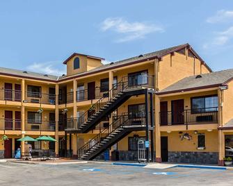 Quality Inn Salinas - Salinas - Building