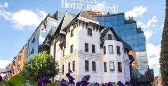 Hotel Silken Indautxu Bilbao - Bilbao - Building
