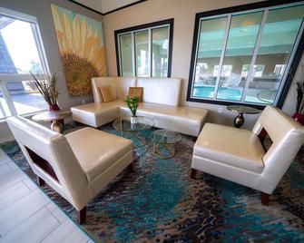 Best Western Brigham City Inn & Suites - Brigham City - Lobby