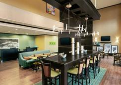 Hampton Inn & Suites Houston/Pasadena, TX - Pasadena - Σαλόνι ξενοδοχείου