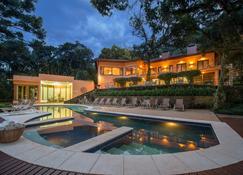 庫里瓦酒店 - 蒙特維多 - Monte Verde - 游泳池