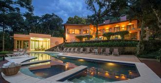 Kuriuwa Hotel - Monte Verde - Pool