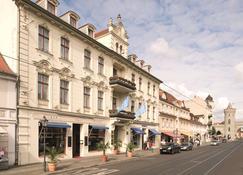 NH Potsdam - Potsdam - Bangunan