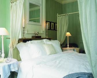 Hotel Recour - Poperinge - Schlafzimmer