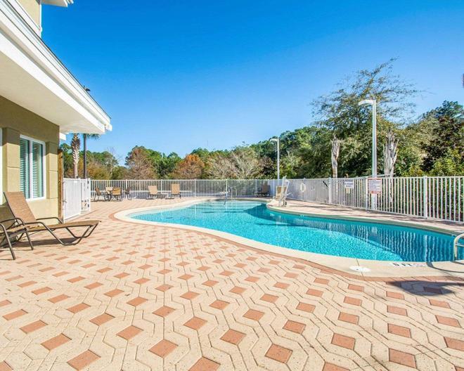 巴拿馬城海灘斯利普套房酒店 - 巴拿馬市海灘 - 巴拿馬城海灘 - 游泳池