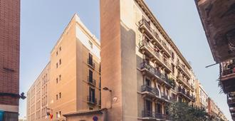 Pension Miami - Barcelona - Rakennus