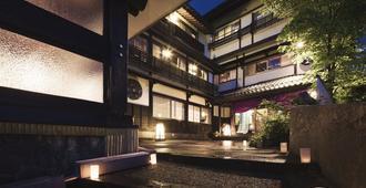 Takamiya Ryokan Miyamaso - יאמאגאטה - בניין