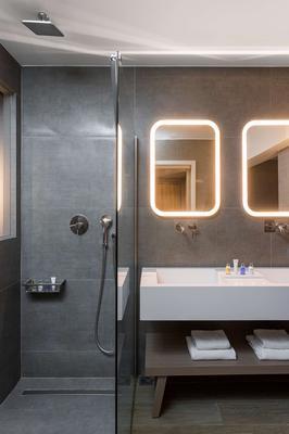 Radisson Blu Park Hotel Athens - Athens - Bathroom