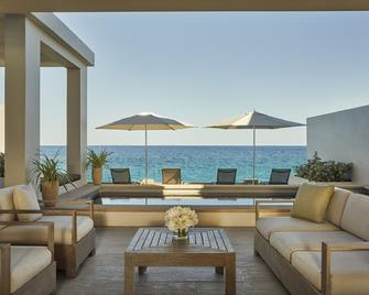 Four Seasons Resort and Residence Anguilla - West End Village - Басейн
