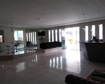 Kojura Hotel - Jacarezinho - Front desk