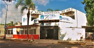 Hotel Hospedajes Del Rey - Colima
