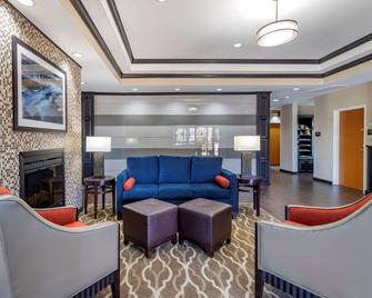 Comfort Inn & Suites Glenpool - Glenpool - Salónek