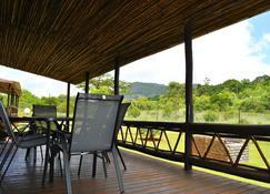 Mount Azimbo Lodge - Louis Trichardt - Balcon