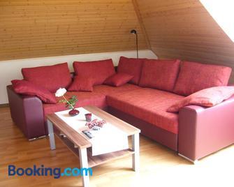Ferienwohnung Waldblick - Munster (Örtze) - Wohnzimmer
