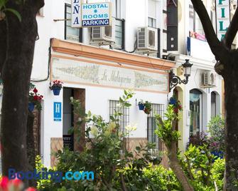 Hostal La Malagueña - Estepona - Byggnad