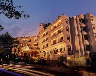 Hotel Polo Towers Shillong - Shillong - Building