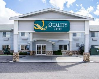 Quality Inn - Rexburg - Building