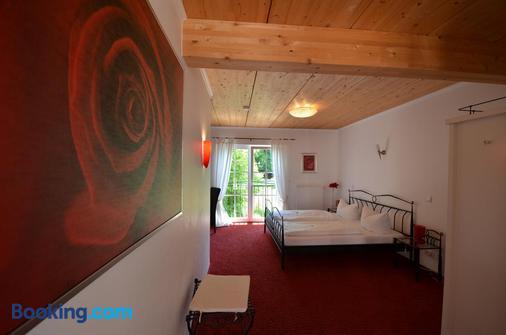 Landhaus Café Restaurant & Hotel - Wolfratshausen - Bedroom