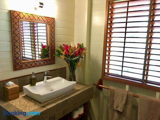 Bluff Beach Retreat - Bocas del Toro - Bathroom