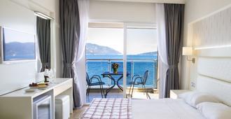 Yunus Hotel - מרמריס - חדר שינה