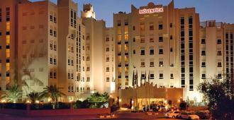 Mövenpick Hotel Doha - Doha - Building
