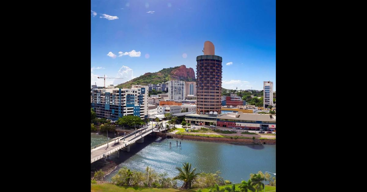 Hotel Grand Chancellor Townsville from $109. Townsville ...