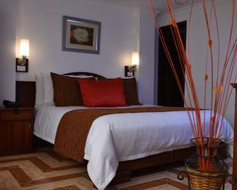 Hotel Plaza Victoria - Ibarra - Habitación