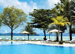 Vivanta Langkawi, Rebak Island - Langkawi - Pool