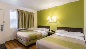 Motel 6 Green Bay - Green Bay - Bedroom