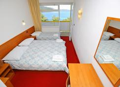 هوتل لوكا - Luka (Zadarska) - غرفة نوم