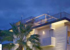 Hotel Tiffany - Marina di Massa - Budynek