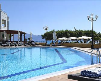 Molos Bay Hotel - Kissamos - Pool
