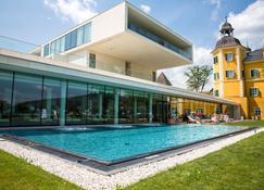 Falkensteiner Schlosshotel Velden - Velden - Gebäude