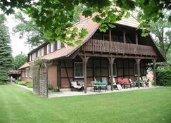 Stössel's Hotel & Restaurant - Lüneburg - Rakennus