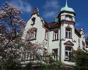 Villa Markersdorf - Claußnitz - Edificio