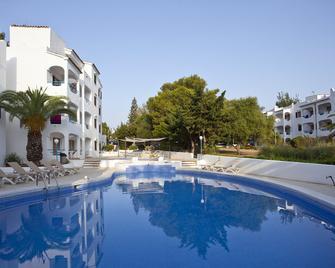 Apartamentos Europa - Sa Coma - Bazén
