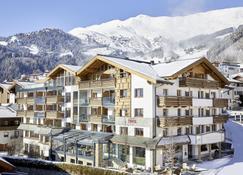Hotel Tirol - Фисс - Здание