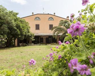 Casa Valdese di Rio Marina - Casa per Ferie - Rio Marina - Gebouw