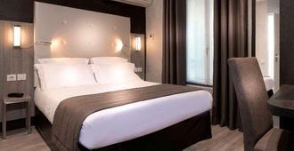 Hotel de la Paix - Paris - Quarto