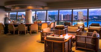 Hotel Nikko Guam - טאמונינג - טרקלין