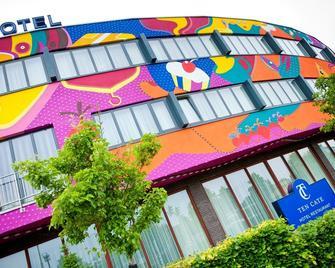 Hotel Ten Cate - Emmen - Gebäude