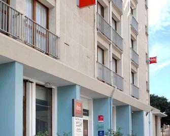 Ibis Millau - Millau - Building