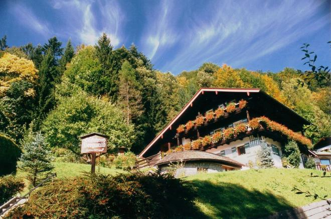 Gaestehaus Bergwald - Berchtesgaden - Building