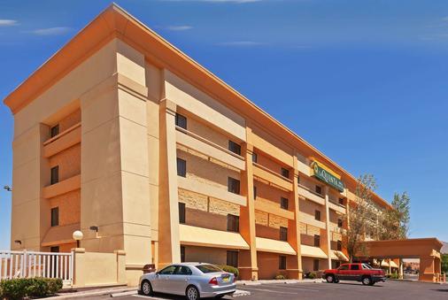 西艾爾帕索巴特利特拉金塔旅館及套房酒店 - 埃爾帕索 - 埃爾帕索 - 建築