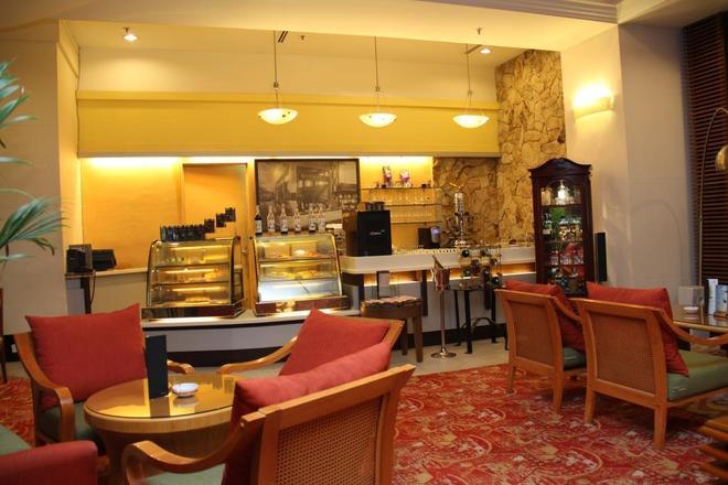 Hotel Royal Kuala Lumpur - Kuala Lumpur - Bar